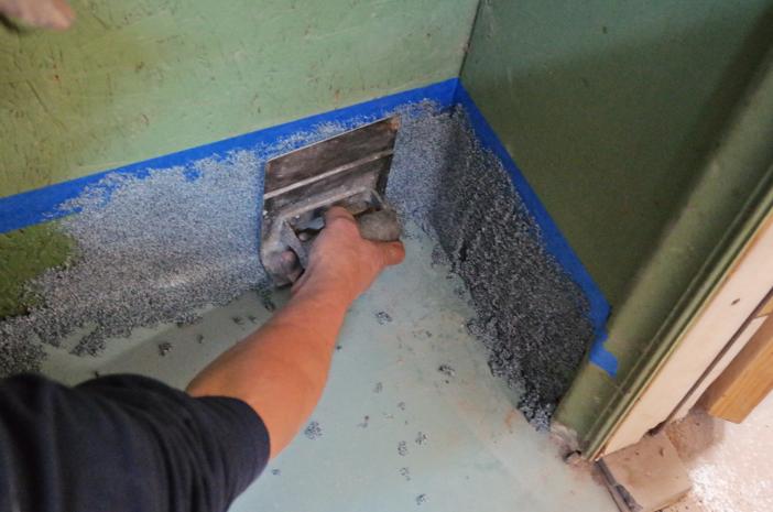 A Contractor Trick For Applying Epoxy Cove Base Plexi